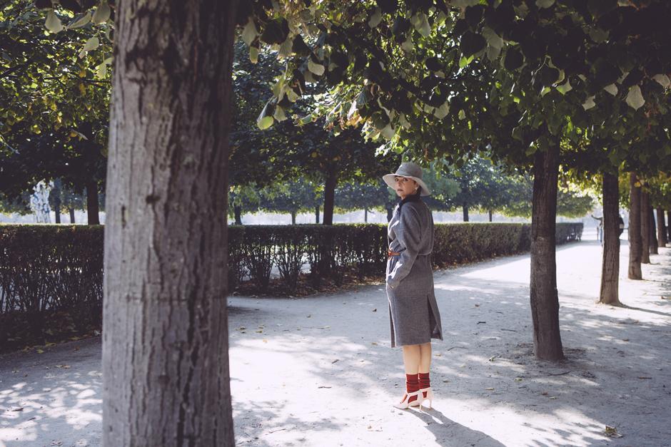 outfit, come abbinare il cappotto grigio