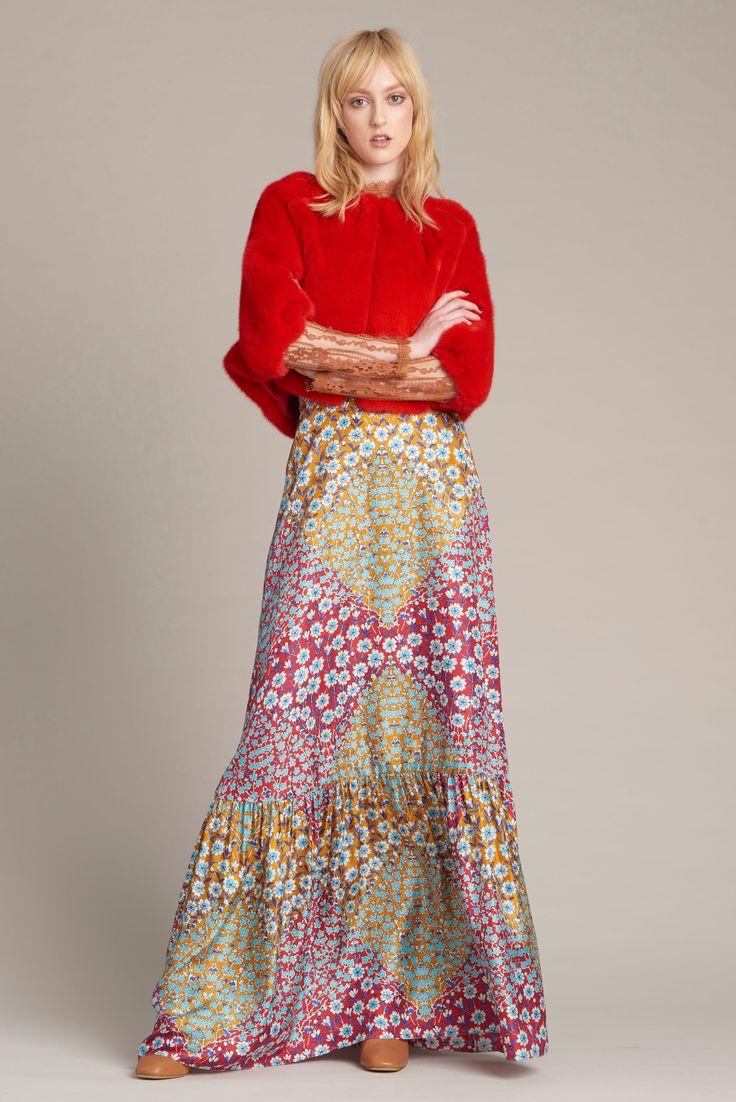 Monique Lhuillier Pre-Fall 2016 Fashion Show