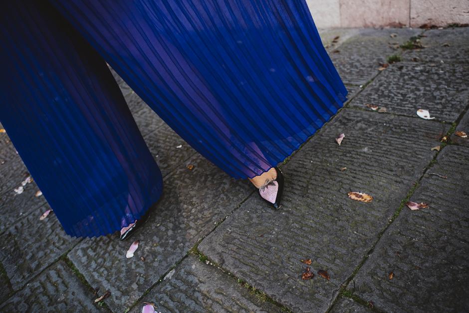 pantaloni palazzo bluette IBlues, dettaglio fragola con strass