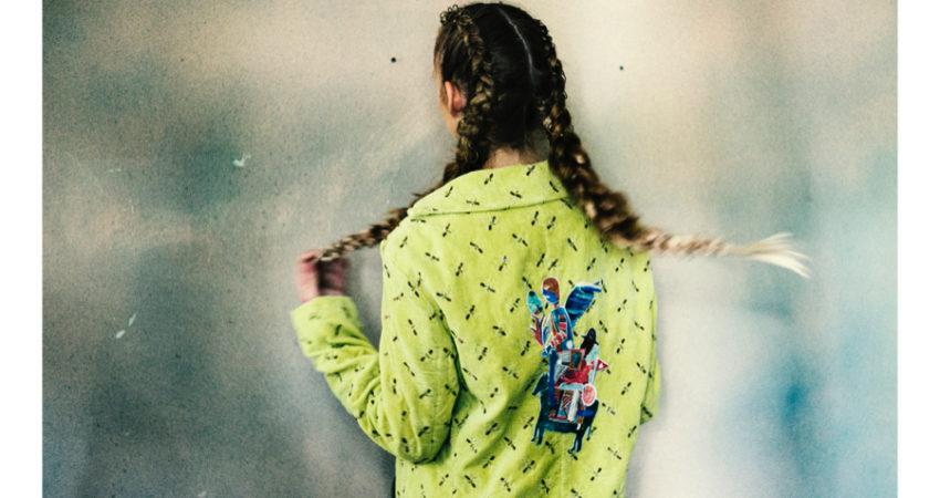 Stilisti emergenti in un dialogo tra pittura e moda