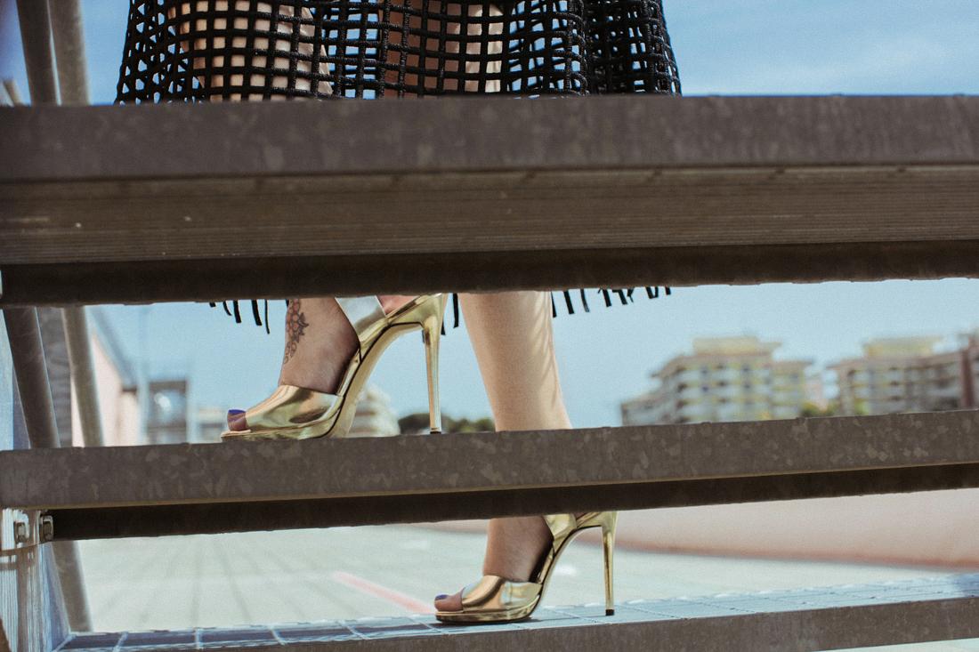 negozi pellizzarii, sandali dorati chiarini, portami a ballare
