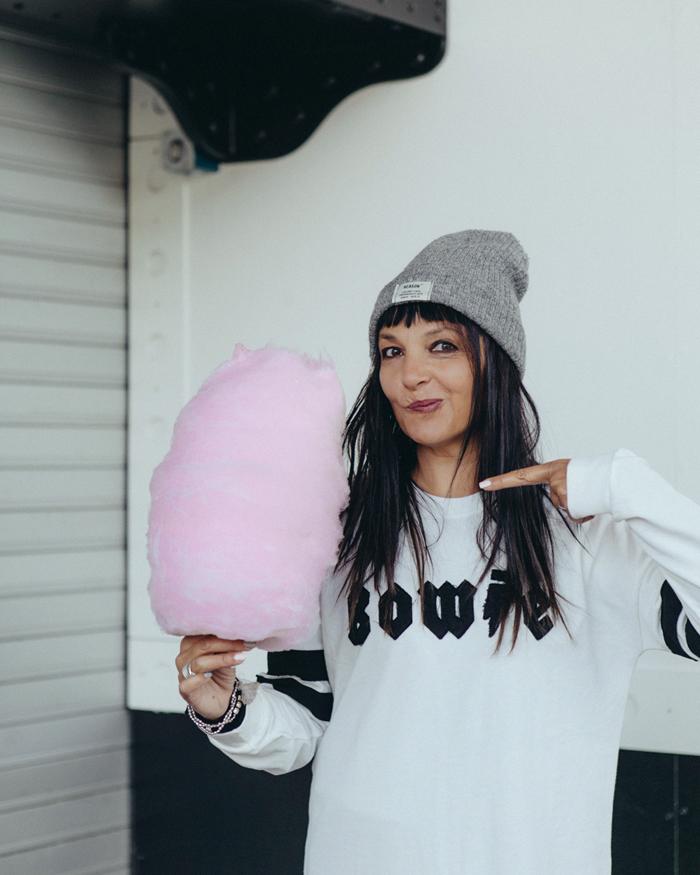 Sandra Bacci, zucchero filato rosa