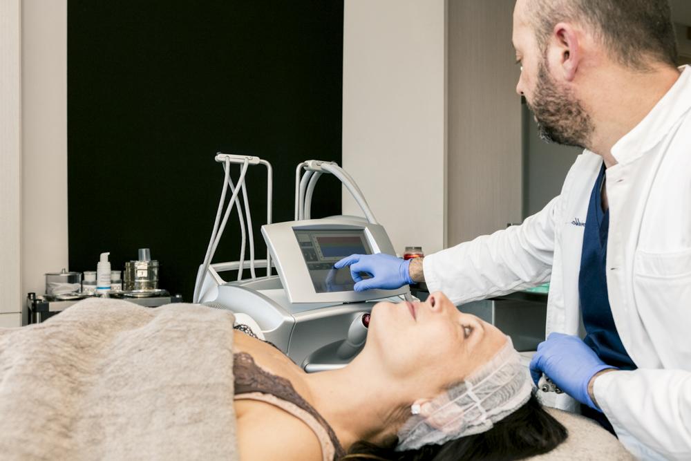 Dott. Carlo Borriello, studio medico, dettagli radiofrequenza multipolare viso