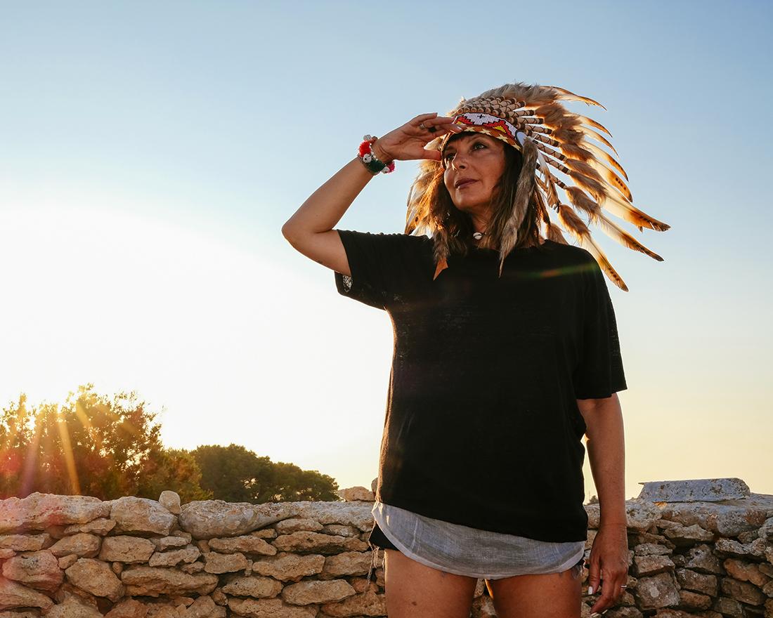 capo indiano, sole tramonto, Sandra Bacci