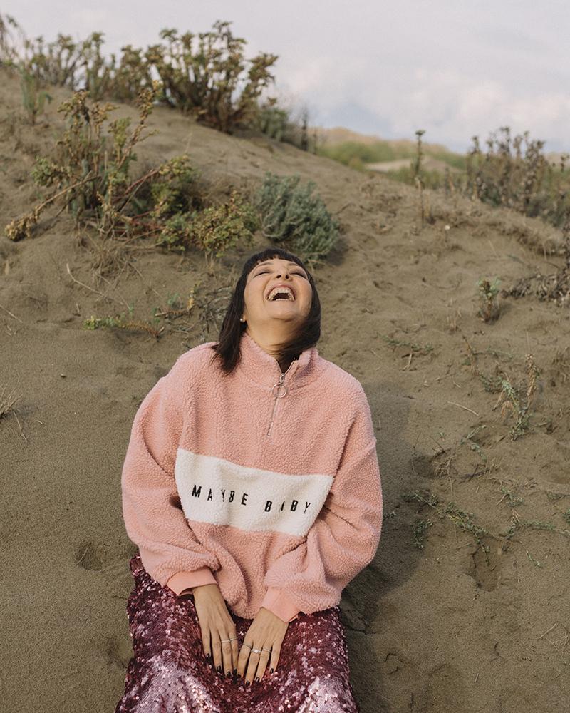Sandra Bacci, risata, pink mood