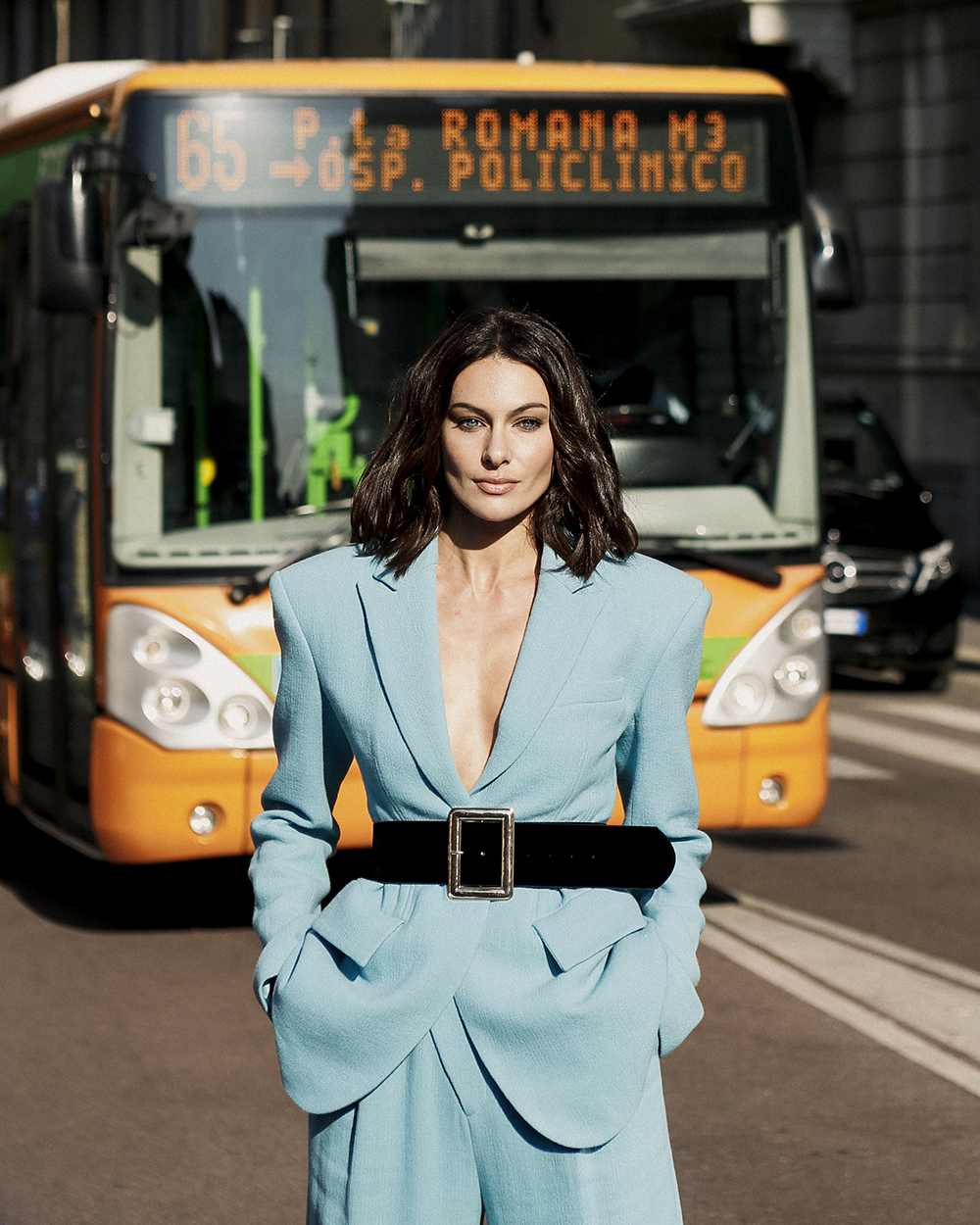 Paola Turani, Stile monocromatico, foto di Giorgio Leone